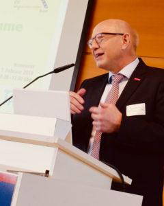 Herr Steinmann auf der IvAF-Tagung 07.02.2019